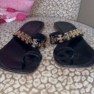 🌸🖤Tory Burch black patent leather sandals🖤🌸